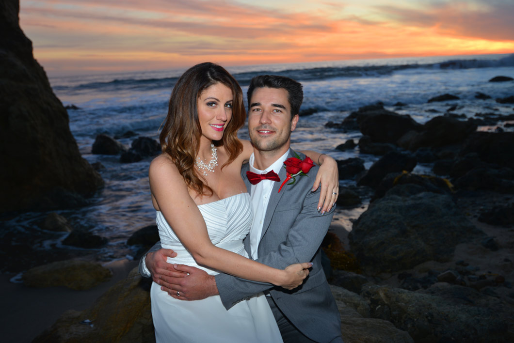 Beach weddings in los angeles