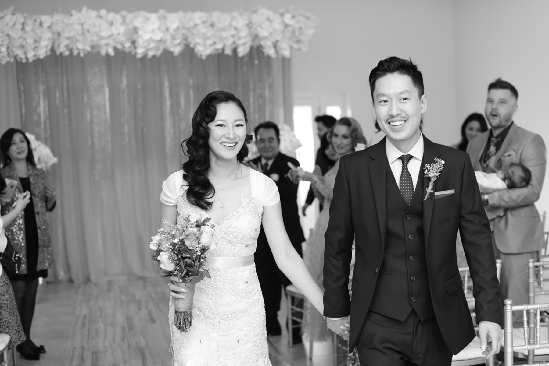 Inexpensive Wedding Photography: Albertson Wedding Chapel In Los Angeles